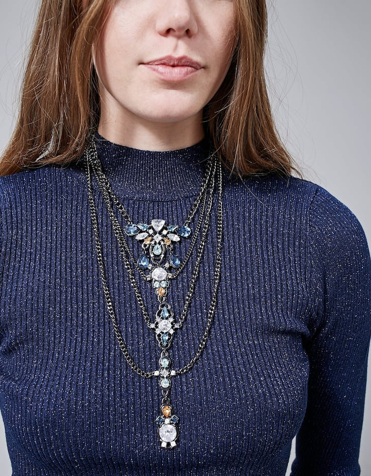 Long jewelled necklace
