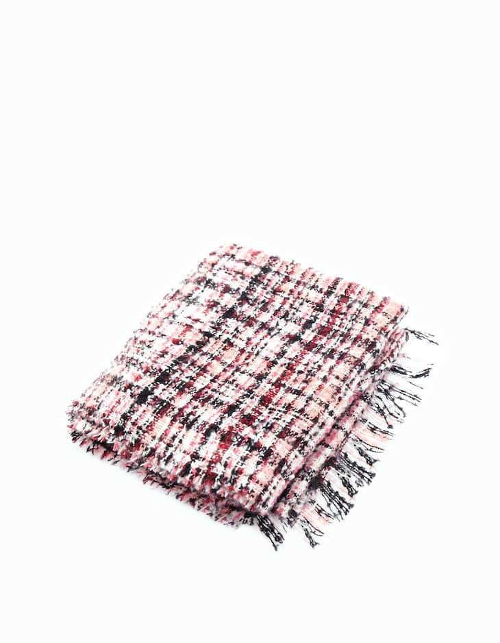 Structured fabric scarf