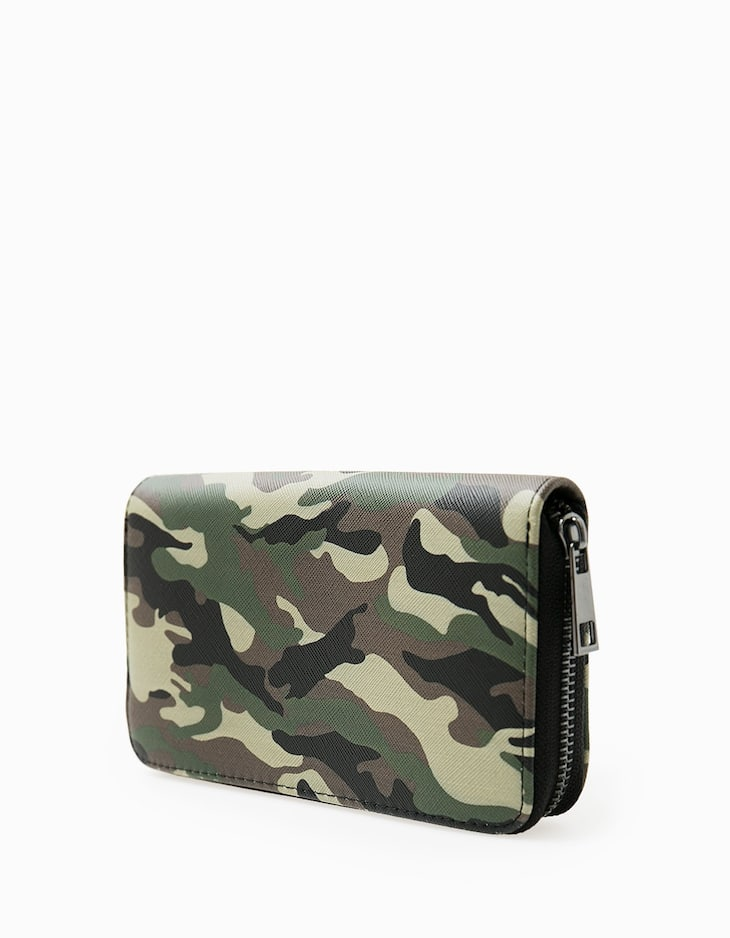 Camouflage print wallet