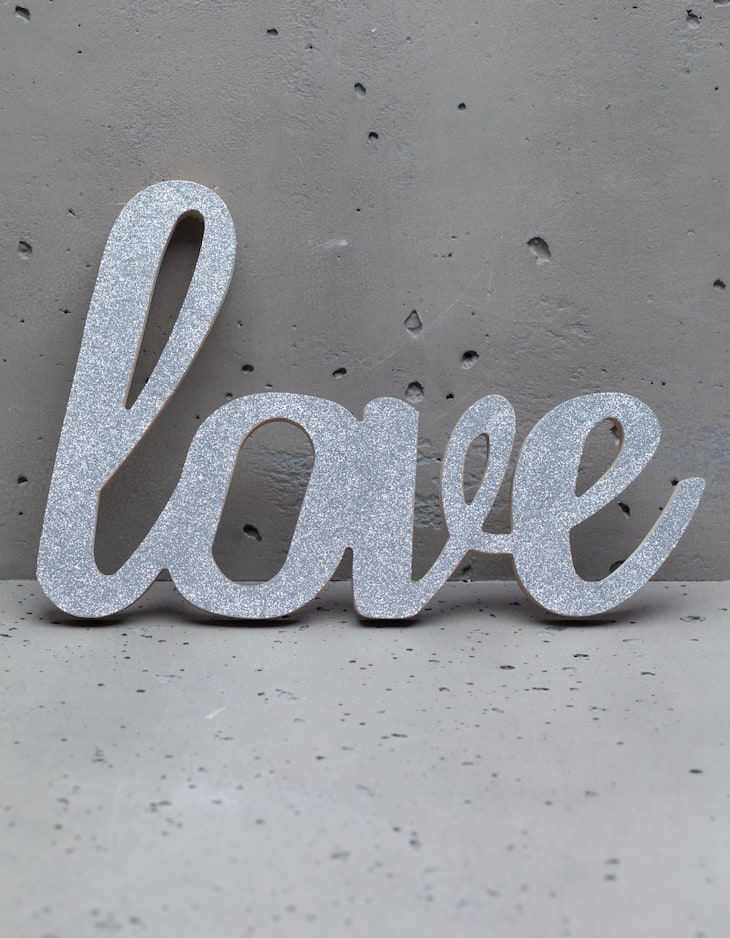Cartel palabra love