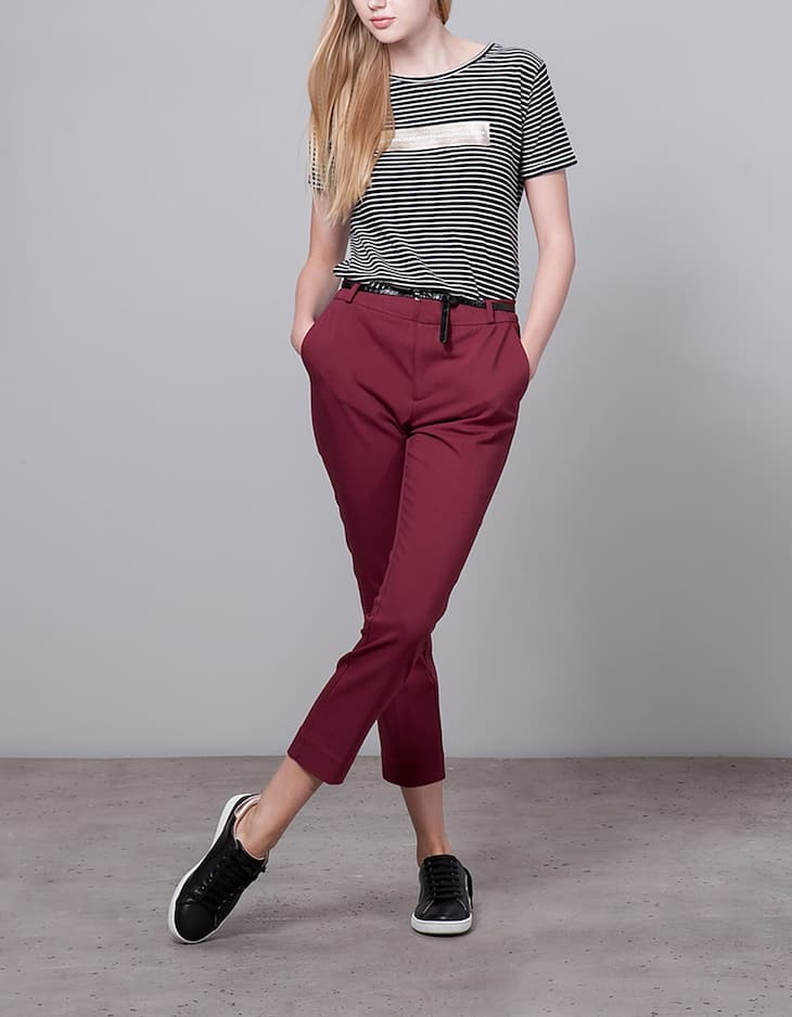 Dressy trousers with belt