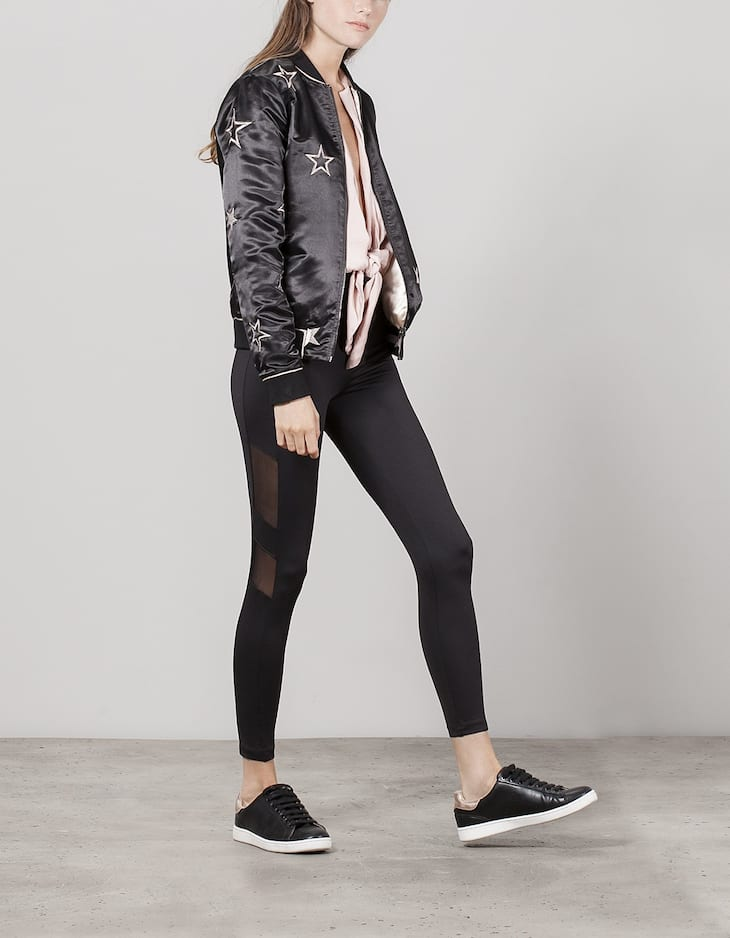 Leggings with side transparency detail
