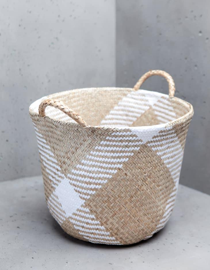 Rush basket with handles
