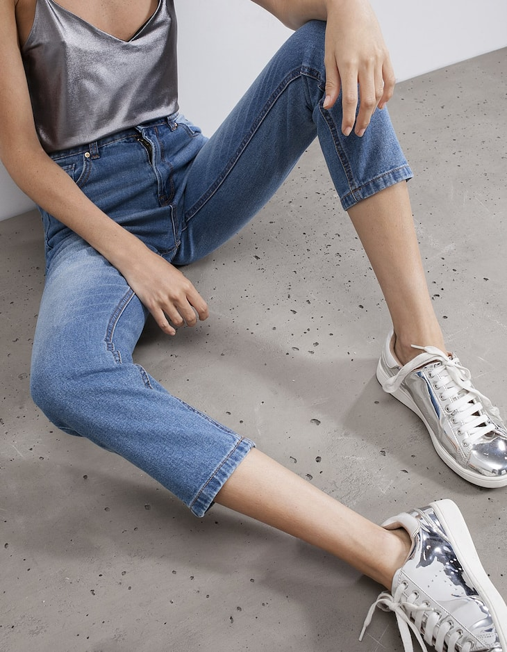Mom fit jeans