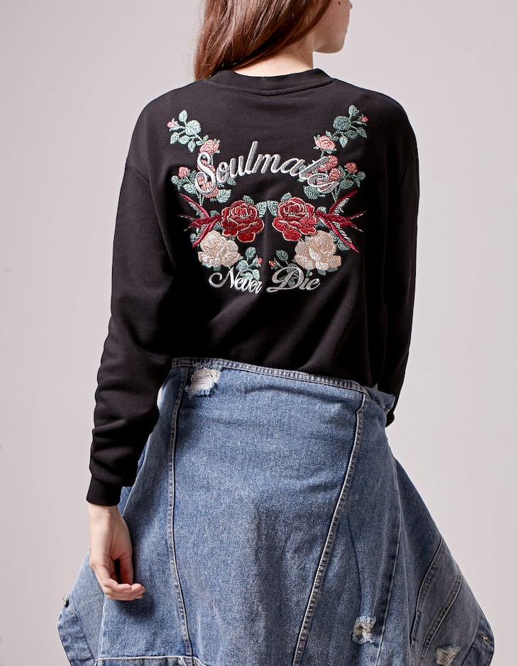 Sweatshirt with embroidery detail