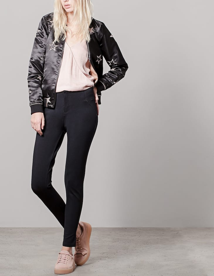 Body shape leggings with leather look edging