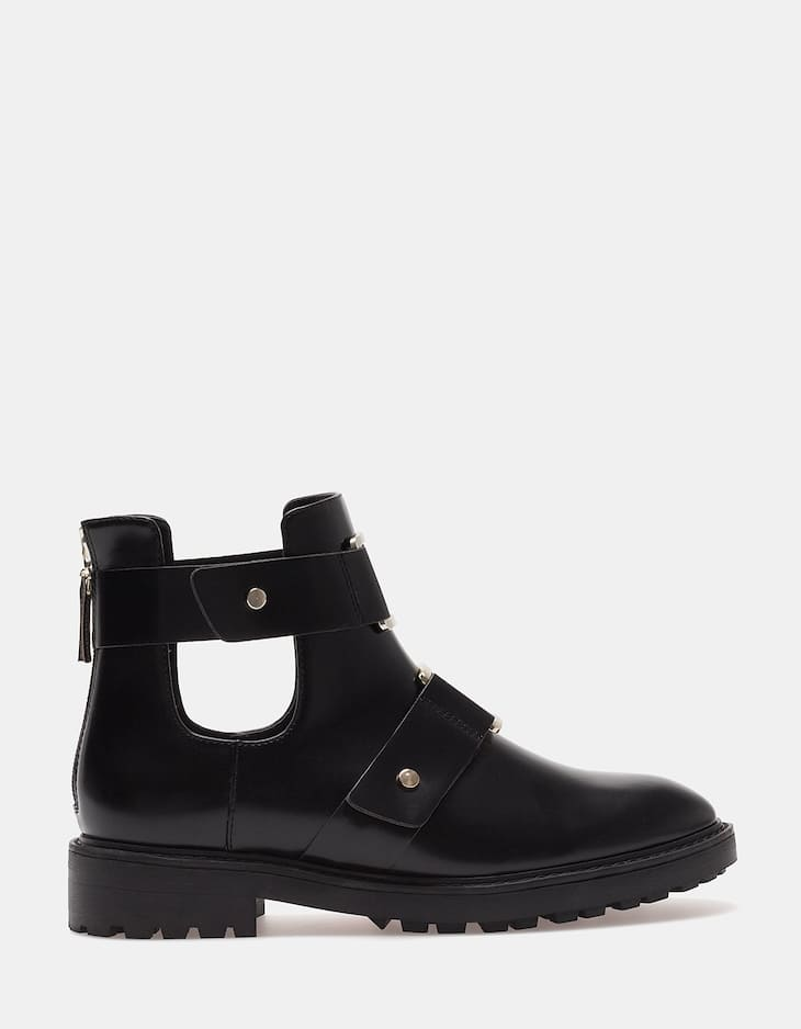 Cut-out track ankle boots