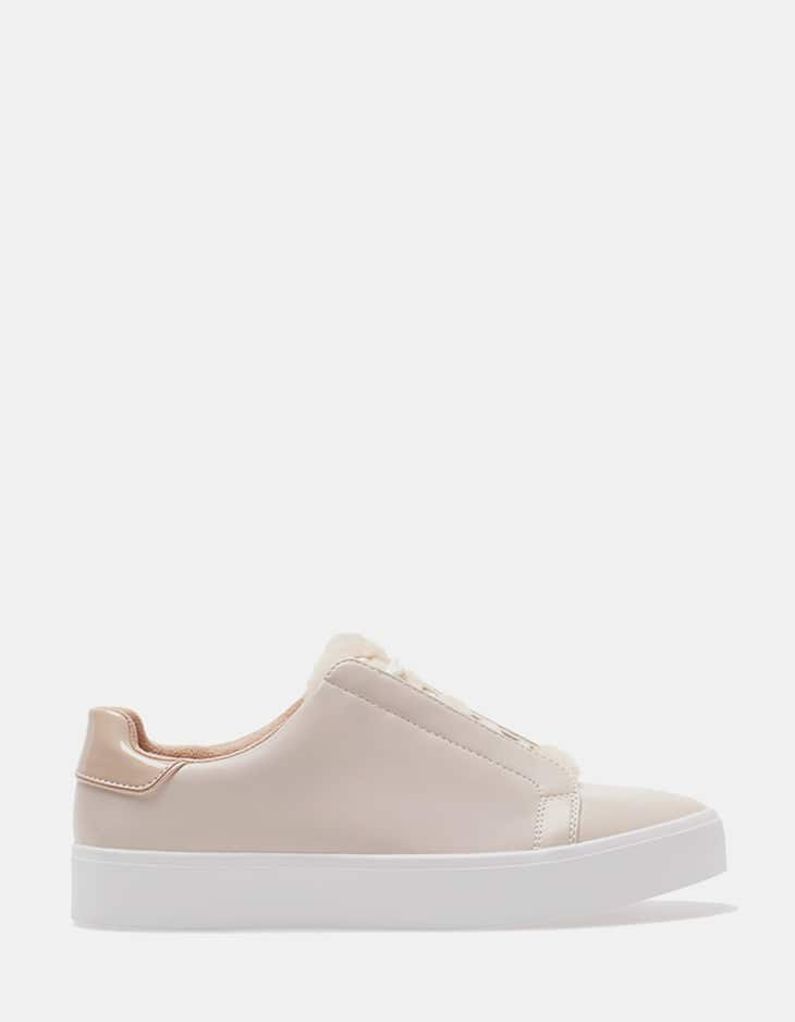 Plimsolls with fur trim