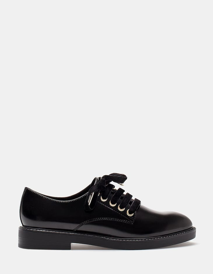 Velvet lace up brogues