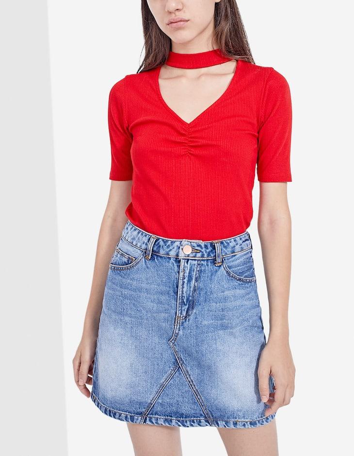 Denim skirt with front seam