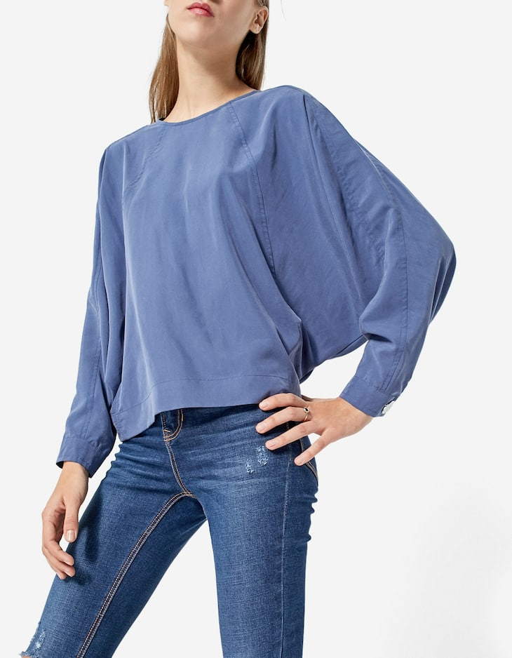 Cupro top with batwing sleeves