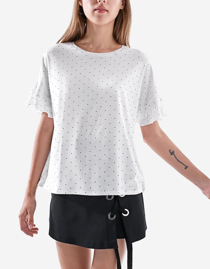 Ruffled polka dot T-shirt
