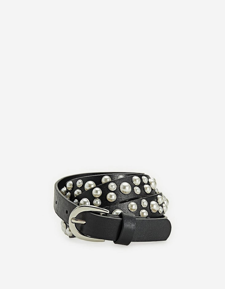 Thin belt embellished with faux pearls