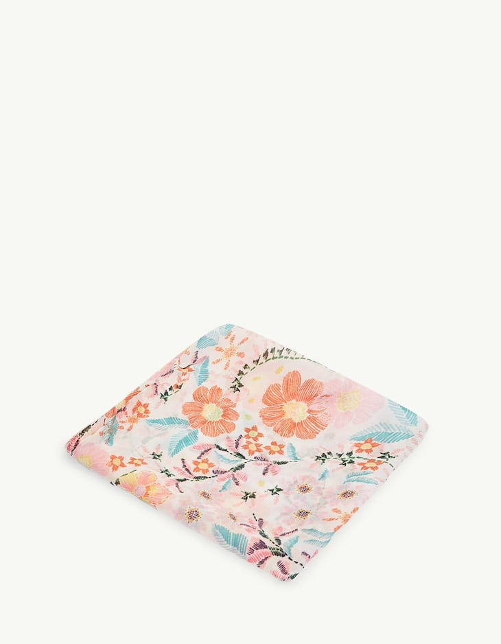 Floral scarf with topstitching