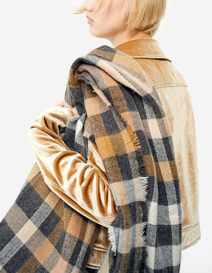 Checked camel scarf
