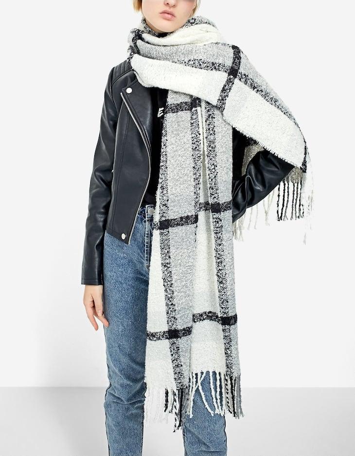 Black and white bouclé scarf