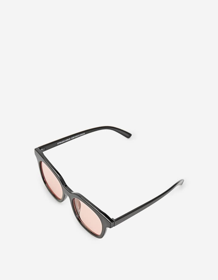 Resin sunglasses with pink lenses
