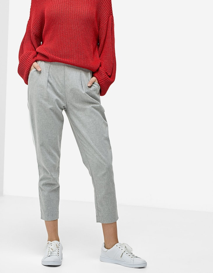 Carrot fit trousers with darts and side stripes