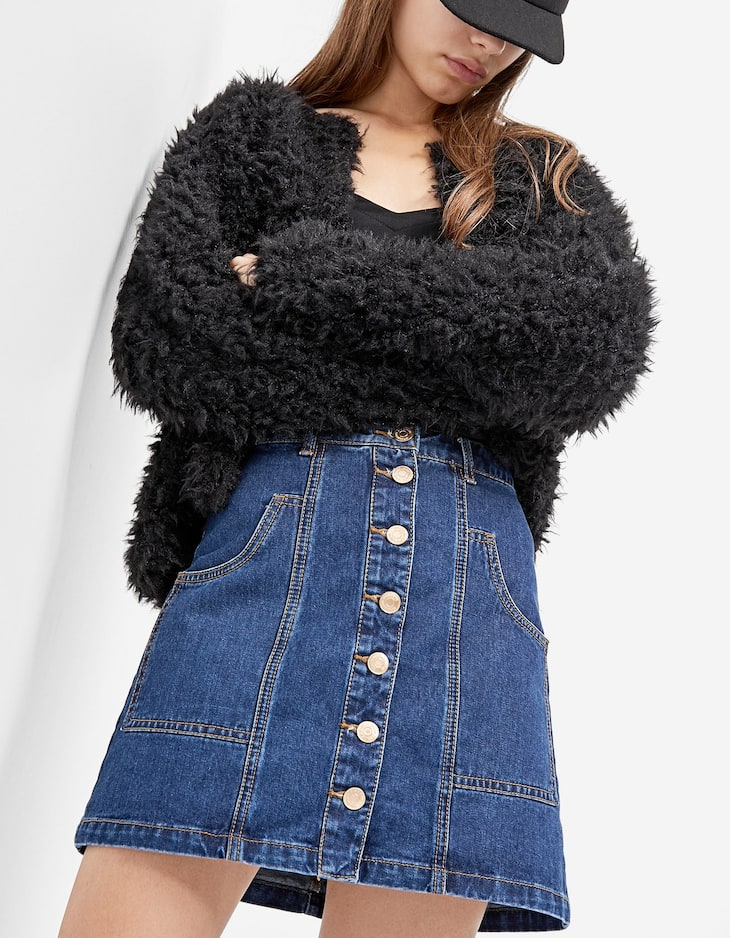 A-line denim skirt with buttons