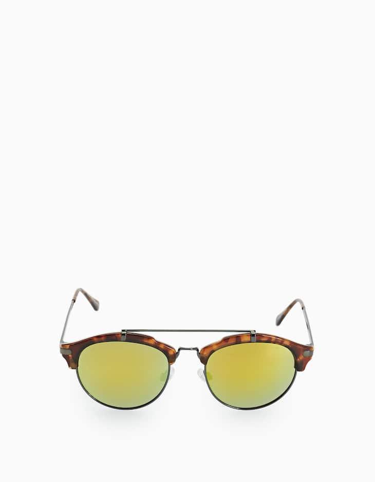 STR carey-effect glasses