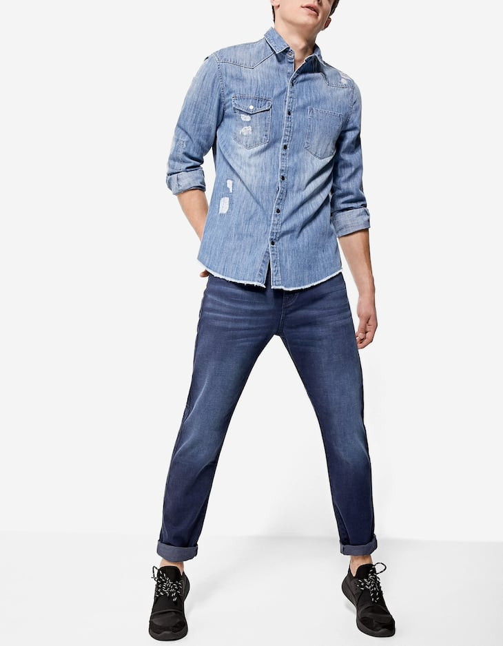 Tapered embroidered jeans