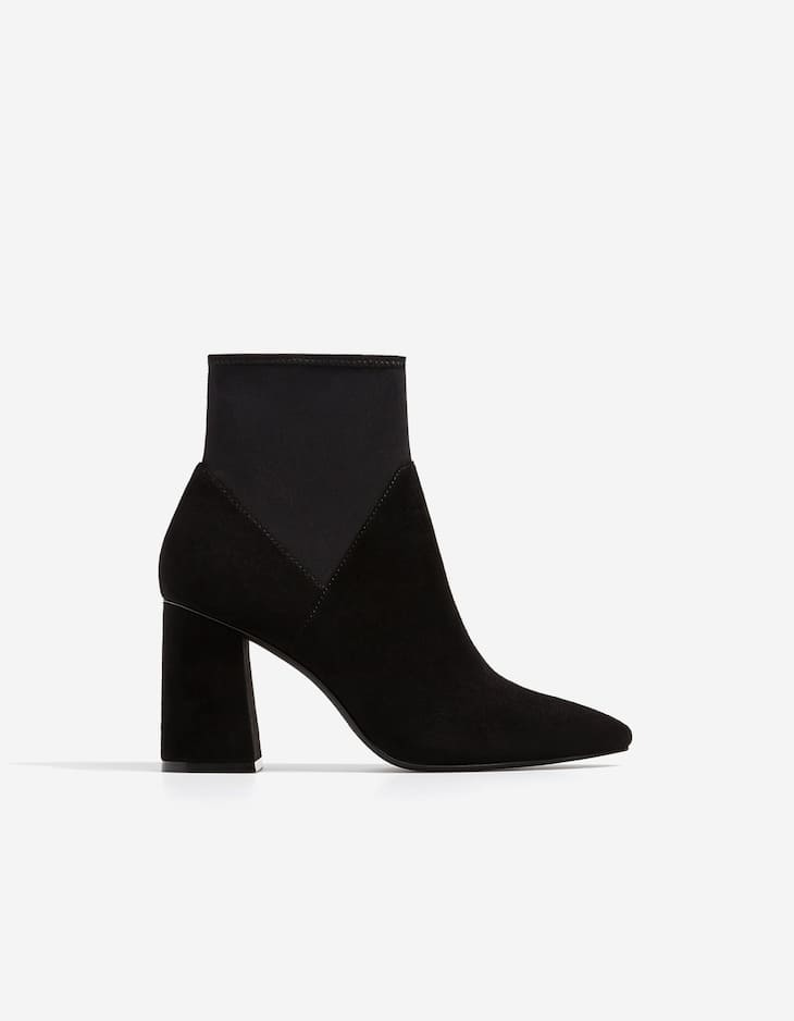 Contrasting high heel ankle boots