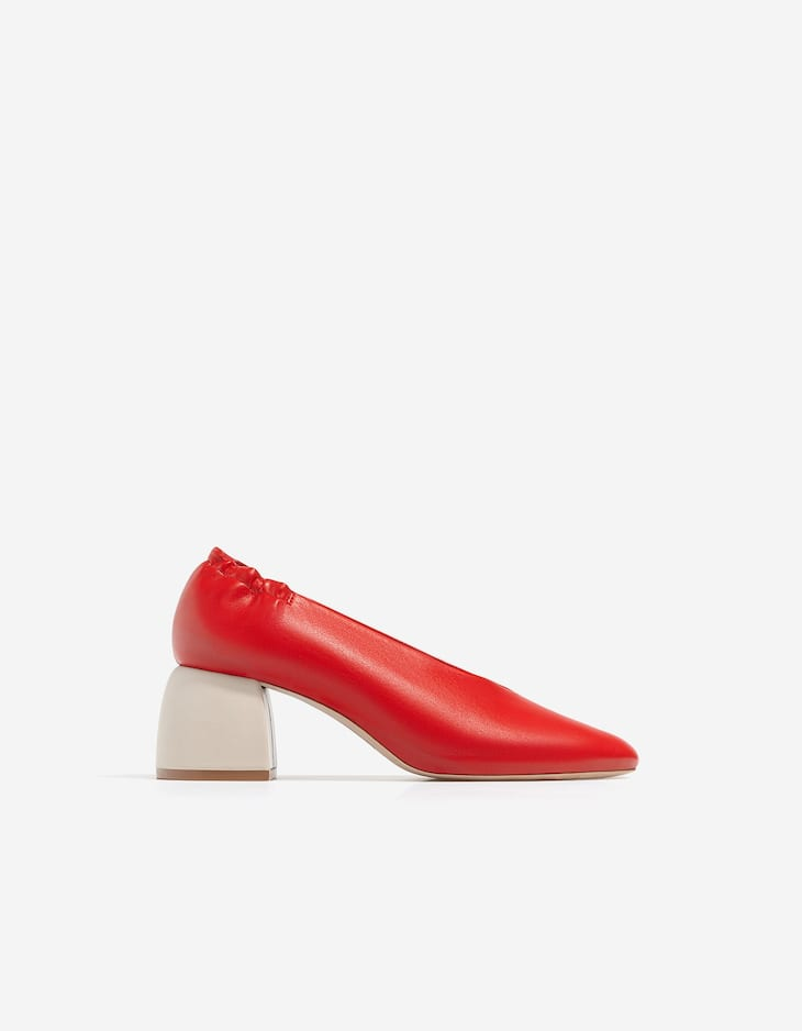Туфли со сборкой, на каблуке