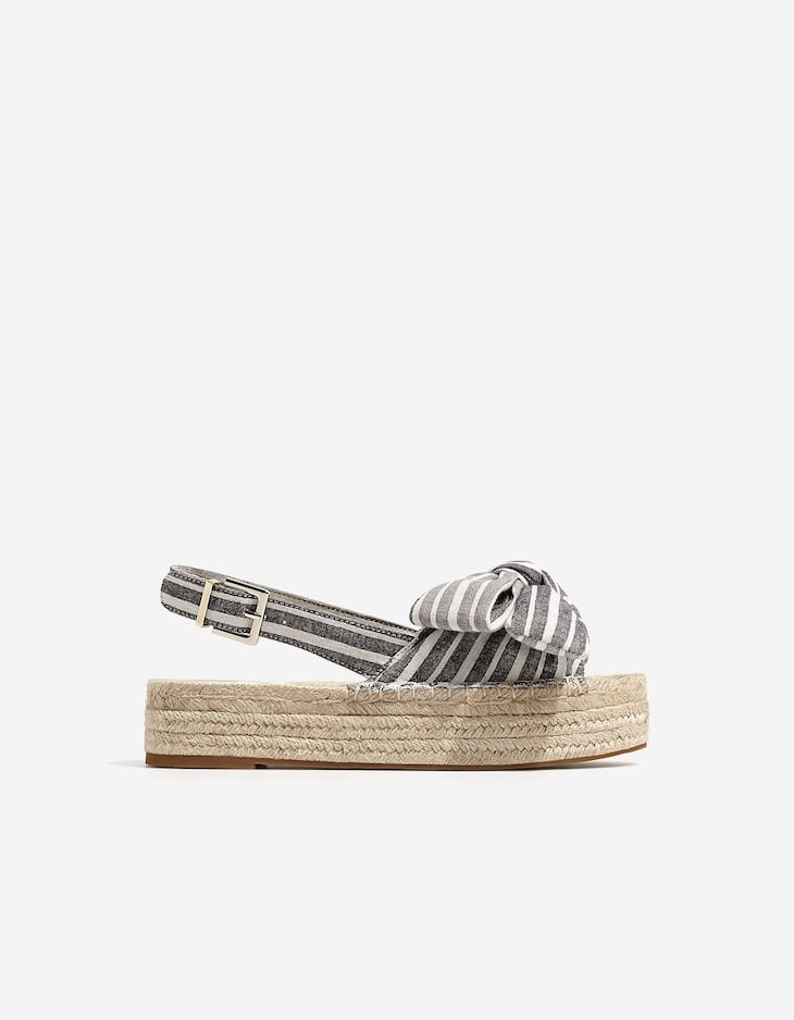 Jute flatform sandals with a bow