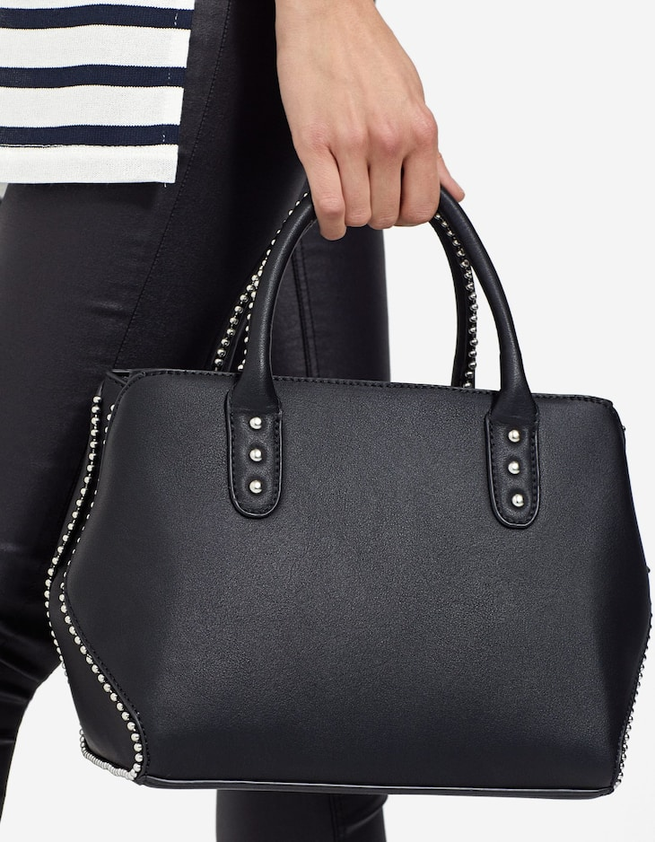 Bag with zip detail