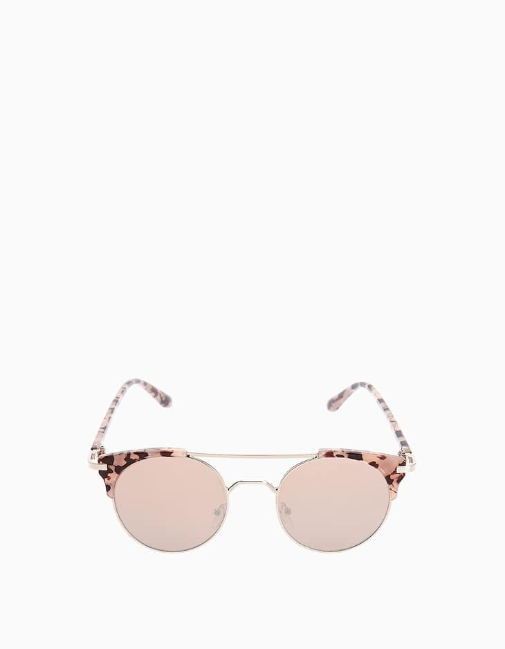 Pink metal and carey-effect glasses