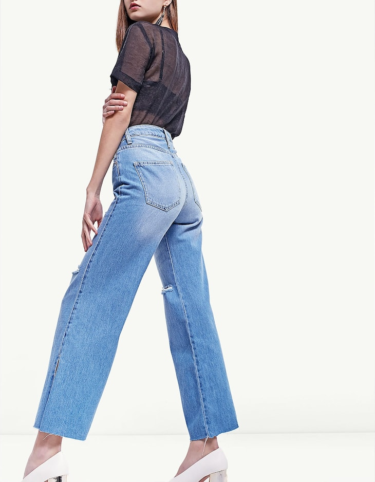 Wide leg jeans with side slit
