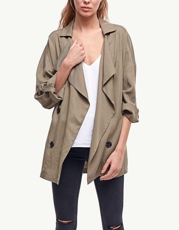 Short flowing trench coat