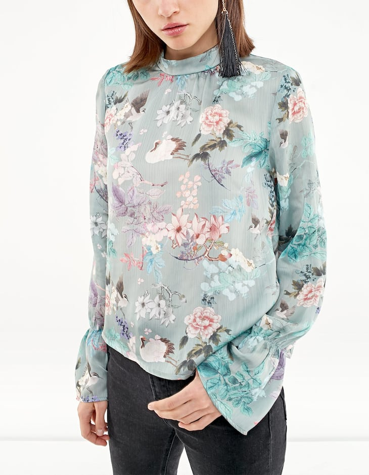 Floral print blouse with Perkins collar