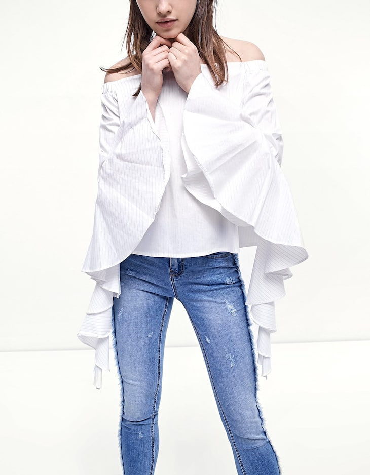 Shirt with sleeve frill detail