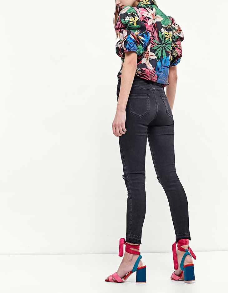 Tropical print shirt with puff sleeves