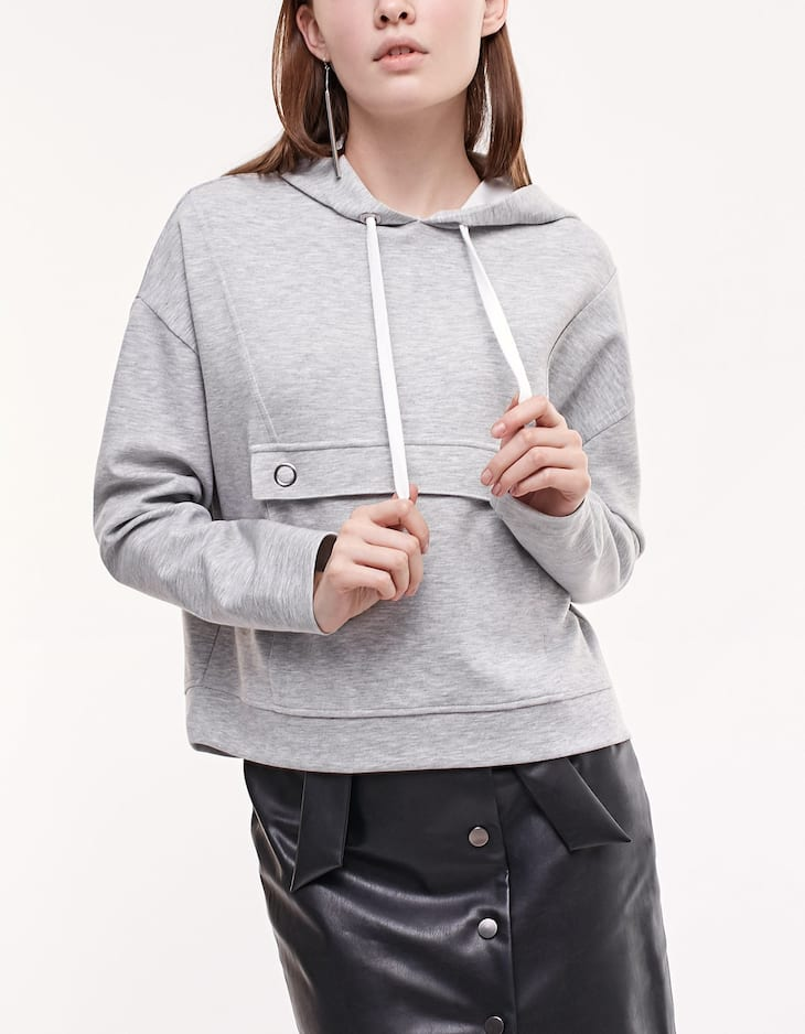 Hooded sweatshirt with front pocket