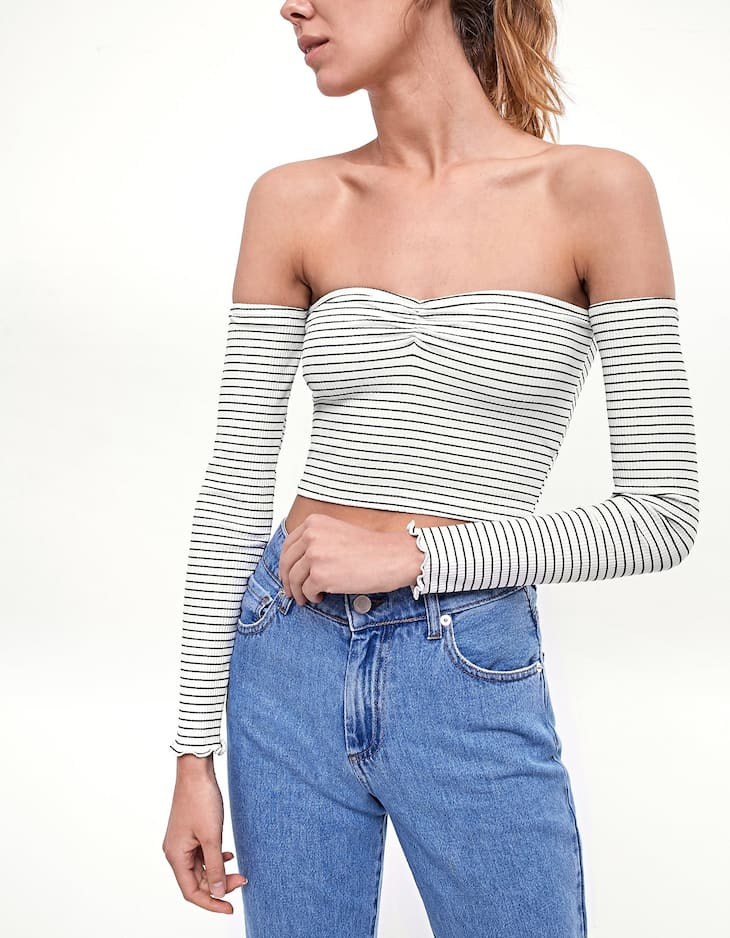 Ribbed and cropped T-shirt with stripes