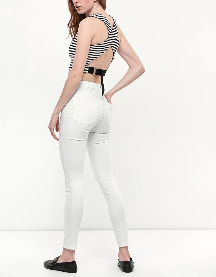 Crop top with back buckle