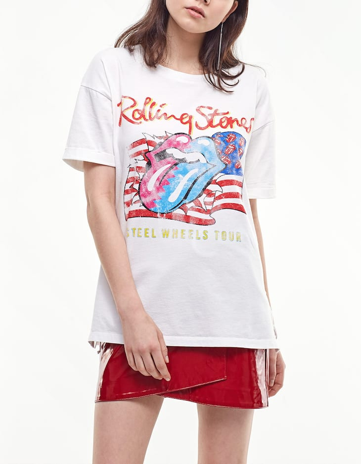 Rolling T-shirt with side lace up detail