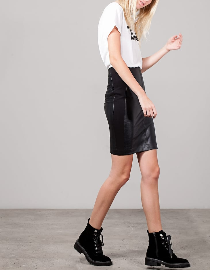 Combined leather look skirt