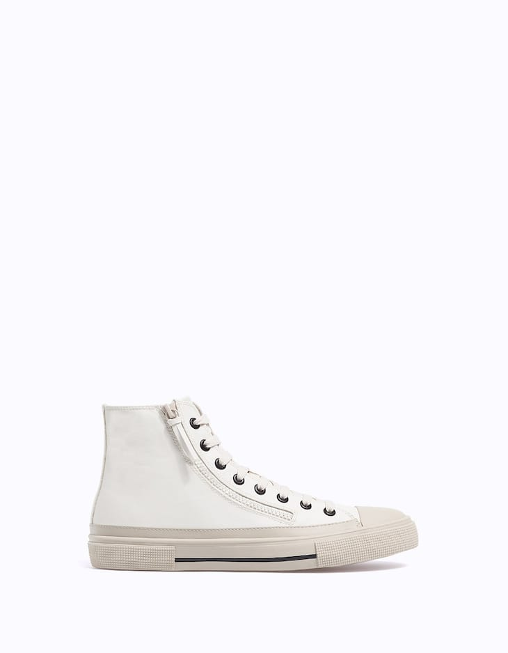 Sneaker ankle boots with zip