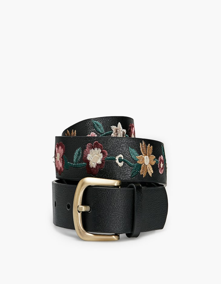 Belt with floral embroidery