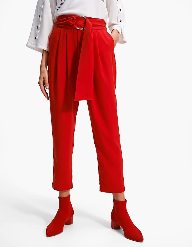Paperbag trousers with ring