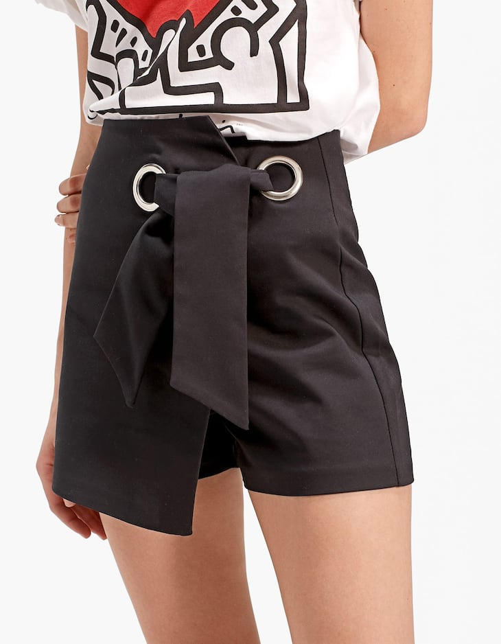 Skort with bow