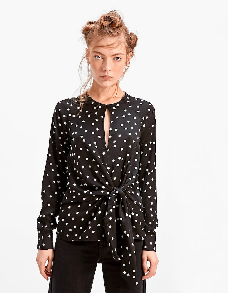 Dotted black top