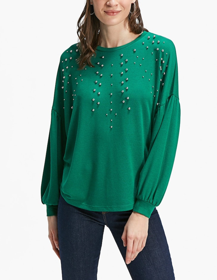 Balloon sleeve T-shirt with faux pearls