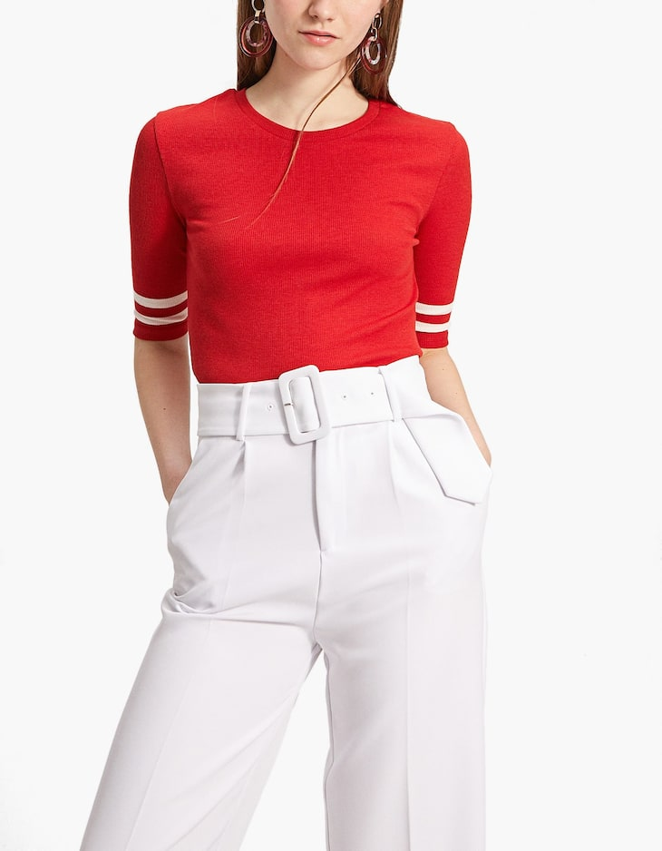 T-shirt with striped elbow-length sleeves