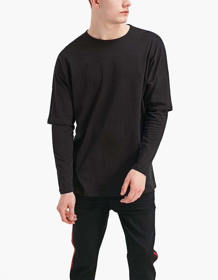 Oversized T-shirt with double-layered sleeves