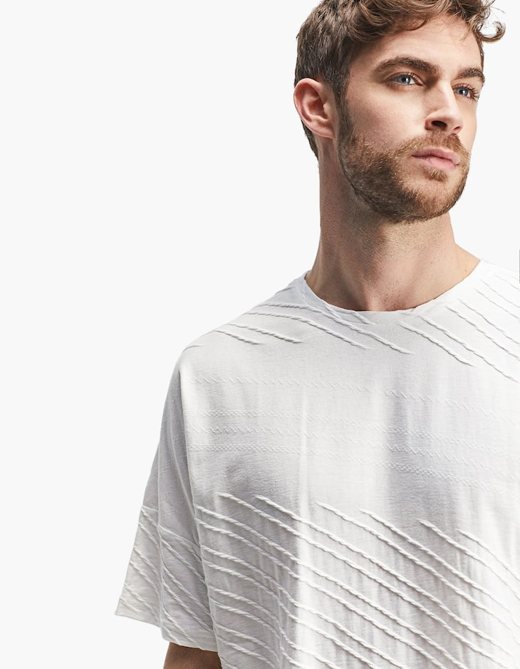 3D T-Shirt with topstitching