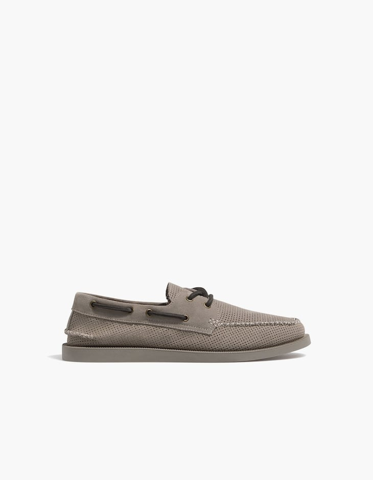 LEATHER deck shoes